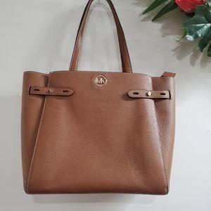 NWT Michael Kors Carmen Tote bag Pebbled leather brown gold